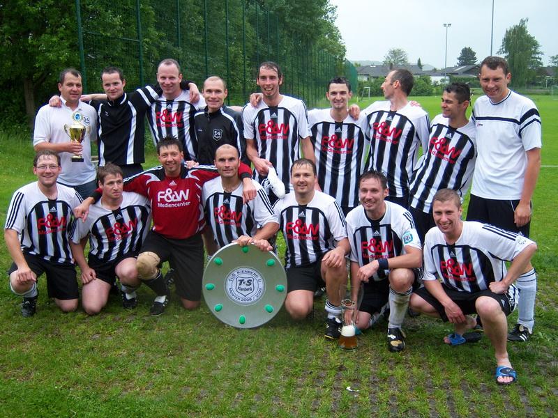 Meistermannschaft 100_1973